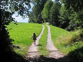 childrunninghappiness.jpg