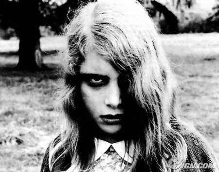 zombi-girl-from-dawn-of-the-dead.jpg